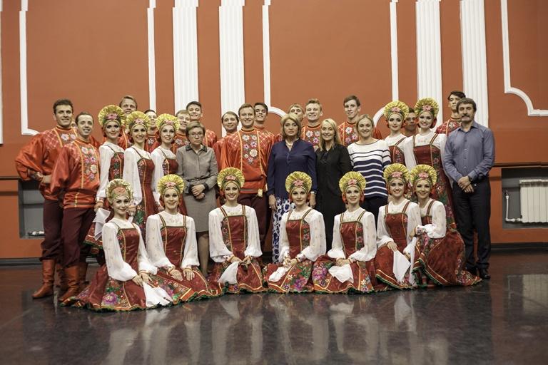 Заместитель министра культуры РФ МАНИЛОВА АЛЛА ЮРЬЕВНА посетила «Русский национальный балет «Кострома».