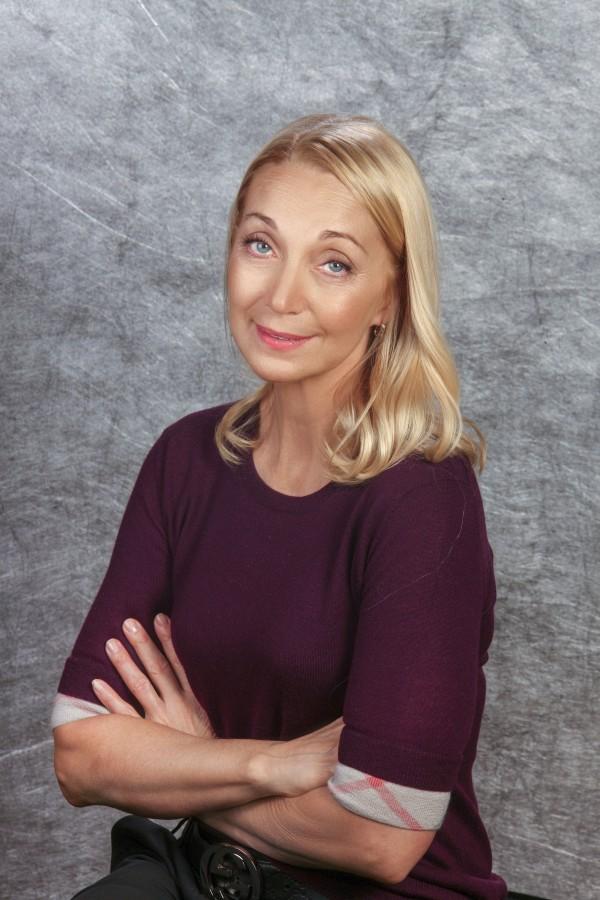 Президент «Русского национального балета «Кострома» Елена Николаевна Царенко стала лауреатом Премии ЦФО в области литературы и искусства